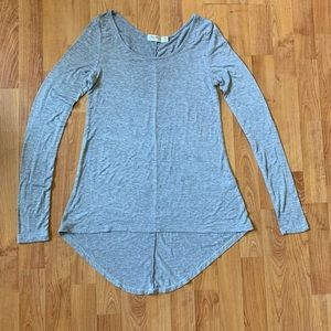 Heart & Hips Hi-Low basic top - Gray - Small